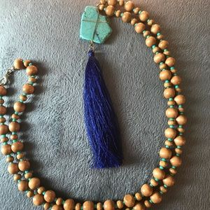Jewelry - Royal Blue Tassel Necklace (Tan and mint beads)